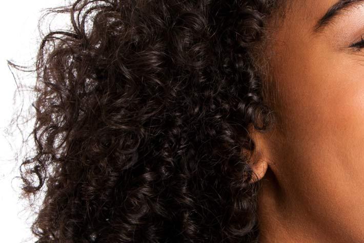 Perdita di capelli a prima età della ragione