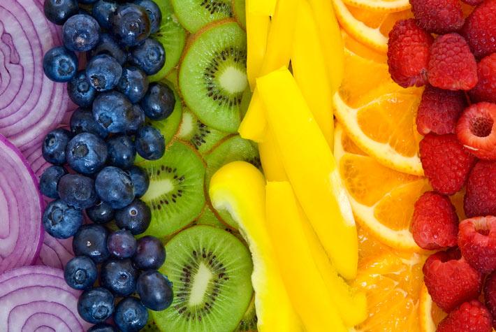 Risultati immagini per alimenti che aiutano la pelle