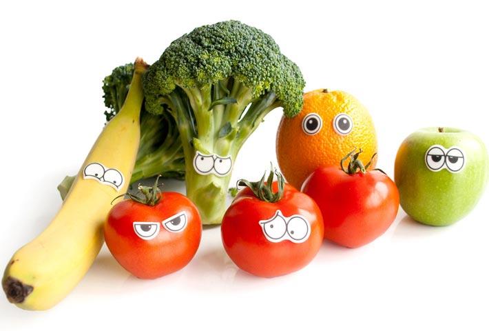 alimenti per combattere le infiammazioni agli occhi