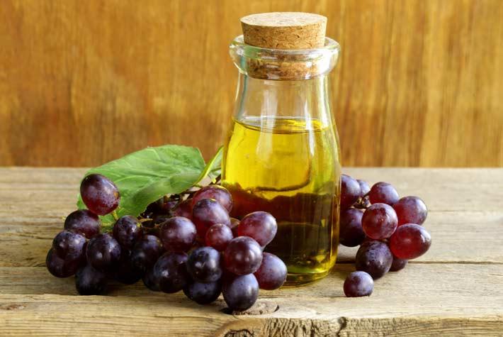 olio di vinaccioli in cucina come usarlo fa male o fa bene