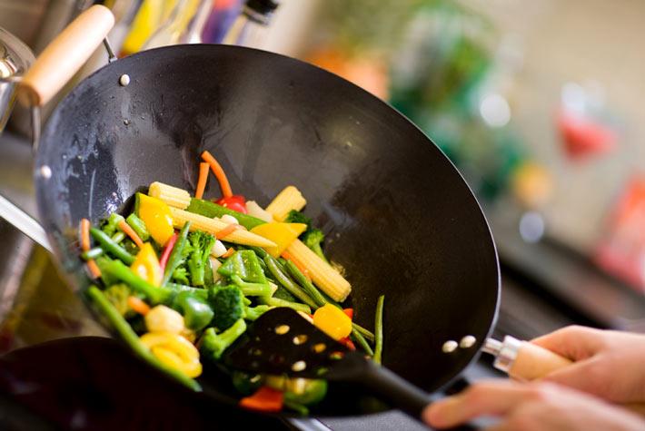 Come scegliere la pentola giusta per cucinare for Per cucinare 94