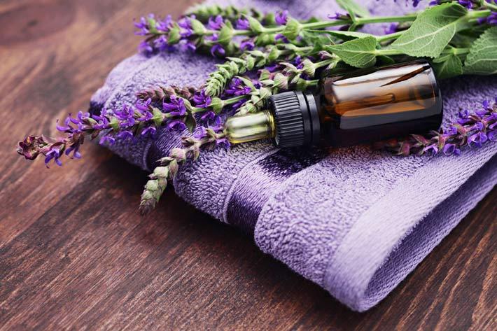 Bagno Rilassante Con Oli Essenziali : Bagni rilassanti con gli oli essenziali dalle proprietà calmanti