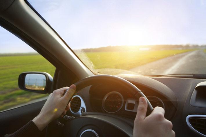 Risultati immagini per guida alla macchina