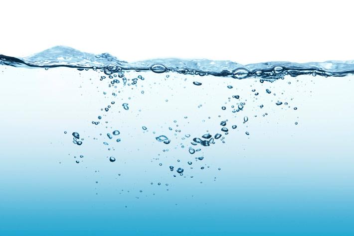 Acqua alcalina ionizzata: è una bufala? Cosa dicono le ...