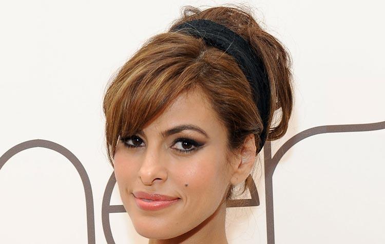 Acconciature capelli corti viso lungo