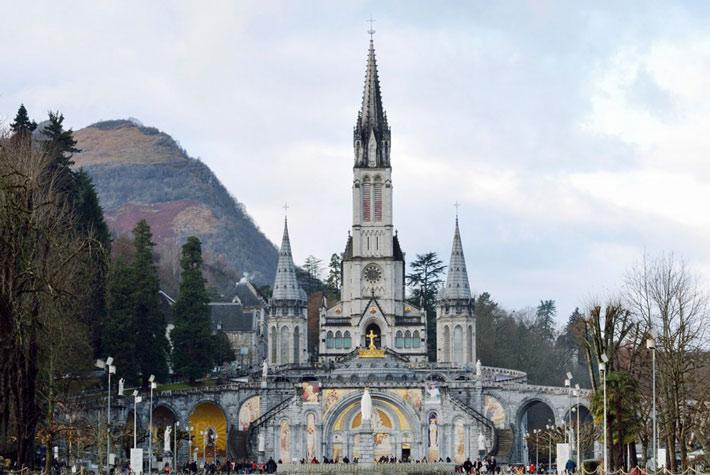 Basilica dell'Immacolata Concezione - Chiesa di Lourdes - Luoghi Di Culto Più Visitati d'Europa