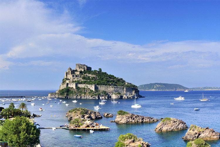 Ischia, Napoli - Isole Più Belle Del Mondo