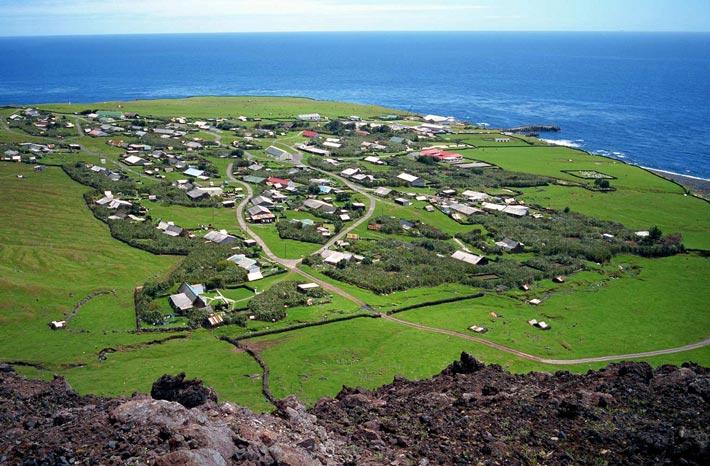 Tristan da Cunha, Territori Britannici d'Oltremare - Luoghi Più Remoti Al Mondo